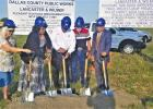 Last week, Wilmer Mayor Emmanuel Wealthy-Williams, along with State Representative Carl Sherman, Lancaster Mayor Clyde Hairston, Hutchins Mayor Pro Tem Raymond Elmore and a number of other city officials from the area broke ground on Pleasant Run Road at the site of Yes Communities Manufacturer Homes.